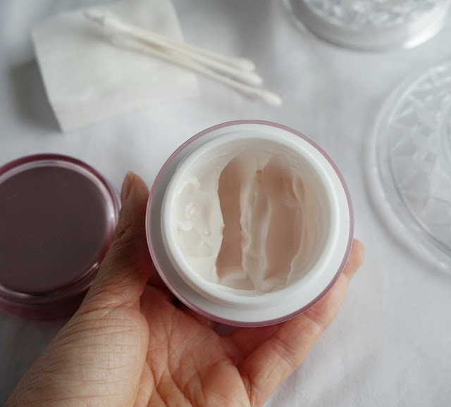 multiberry yogurt repairing mask review laneige skincare products kbeauty korean