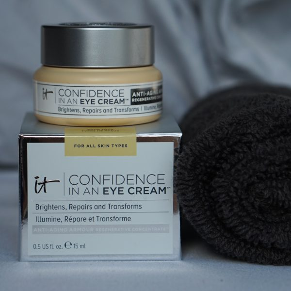 IT Cosmetics Skincare Review: Bye Bye Redness + Confidence in a Cleanser
